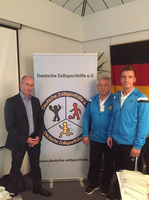 Herr Reichling (Vertreter Leitung), Norbert Rother und Jan Hollmann (beide DZSH)