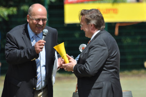 Dr. Warmers Präsident der BFD Südwest Schirrmherr der 6. Deutschen Zollmeisterschaft Edebkoben/Pfalz 2010
